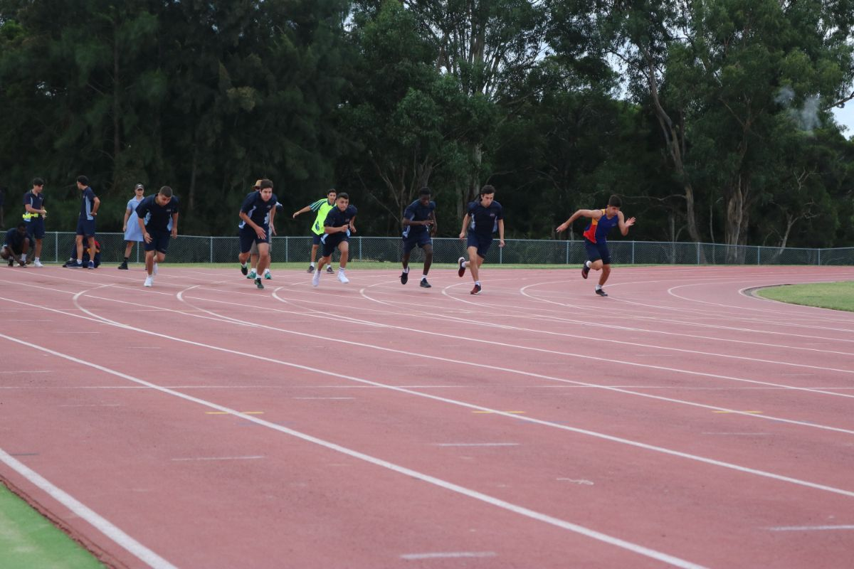 Athletics Carninal 4